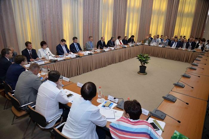 Прошло общественное обсуждение безопасности функционирования объектов энергетической системы Ростовской области