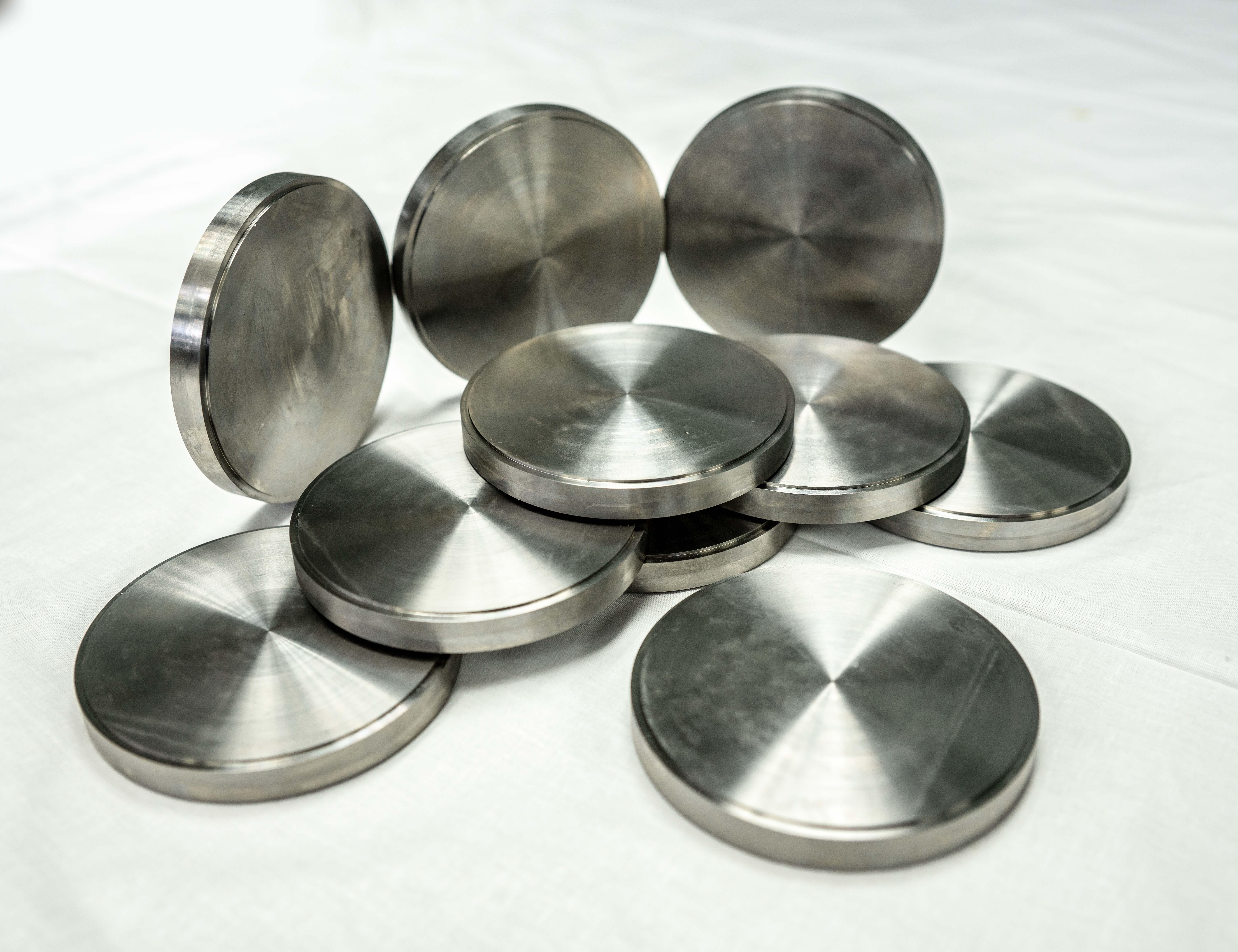 Чепецкий механический завод освоил производство титановых дисков для стоматологии